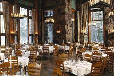 Winter receptions at Ahwahnee Hotel take place in the solarium, where tall windows offer an unparalleled view of the majestic Glacier Point, and an indoor fountain of local jasper adds an outdoorsy element. The hotel's public spaces feature giant stone fireplaces, rich tapestries, and stunning stained glass.
