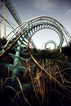 Inside Japan's Forgotten Amusement Parks Photographer: Reginald Van de Velde Location: Nara Dreamland