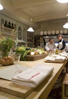 1000 images about hotel la mirande avignon provence on pinterest cooking school hotels and - Restaurant la mirande avignon ...