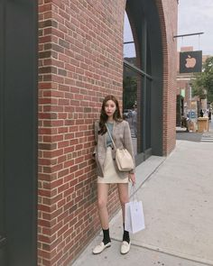 New Style Korean Spring Ideas Korean Fashion Trends, Korea Fashion, Asian Fashion, Fashion Beauty, Girl Fashion, Fashion Outfits, Womens Fashion, Korean Outfits, Retro Outfits