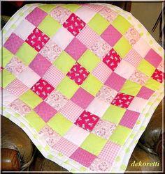 patchwork babydecke nähen | Babyquilt Patchworkdecke Krabbeldecke pink / grün