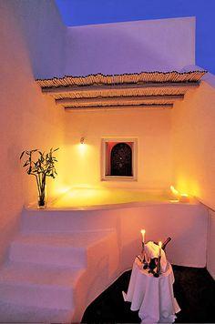 Honeymoon Hotels #santorini romantic hotel