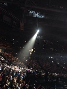 Pink BMO Harris Bradley Center Show | She's on a wire!