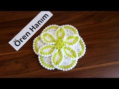 Gorgeous Flower to Crochet Woolen Flower, Woolen Craft, Wedding Gift Wrapping, Art N Craft, Crochet Videos, Diy Home Crafts, Flower Basket, Flower Tutorial, Crochet Flowers