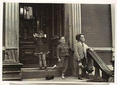 New York - Helen Levitt (American, 1913–2009) 1939