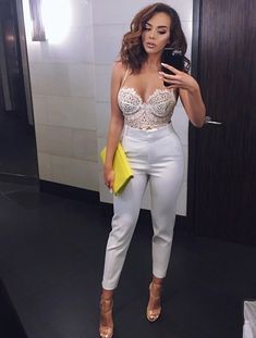 Date night outfits, party clothes, glamourous style that really is comfortable also! Club Outfits For Women, Mode Outfits, Night Outfits, Sexy Outfits, Casual Outfits, Fashion Outfits, Clothes For Women, White Outfits For Women, Bar Outfits