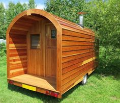 mytinyhousedirectory: This bespoke pod-on-wheels was built by Stephen Ma...