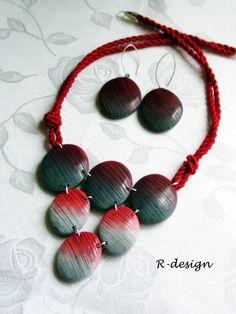 Piros-fekete színátmenetes polymer clay nyakék