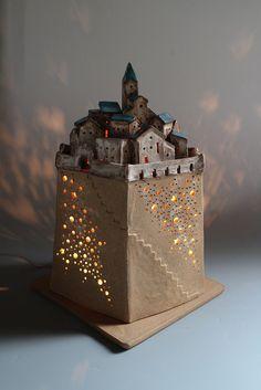 小さな家シリーズ植木鉢製作中 の画像|陶芸作家 中山典子のきまぐれ日記