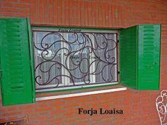 Forja Loaisa.Rejas instaladas en Madrid.Barras macizas de 16,14,12 mm macizas-