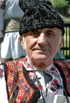Man wearing a traditional costume in Timisoara, Romania We Are The World, People Of The World, Bulgaria, Popular Costumes, Romanian Girls, Costumes Around The World, Native American Wisdom, Beautiful Costumes, Ethnic Dress