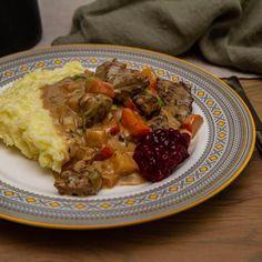 Jegergryte   Det glade kjøkken Oatmeal, Meat, Chicken, Breakfast, Food, The Oatmeal, Morning Coffee, Rolled Oats, Essen
