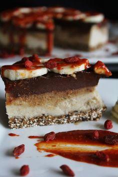 This Rawsome Vegan Life: banana chocolate caramel ice cream cake. Raw. Vegan. Gluten-free. Sugar-free.