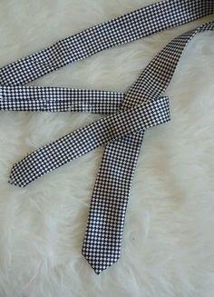 Kupuj mé předměty na #vinted http://www.vinted.cz/doplnky/ostatni-doplnky-a-sperky/15547479-damska-kostickovana-kravata