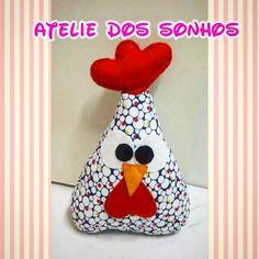 Peso de porta de galinha em tecido com feltro, um charme , em diversas cores!!!