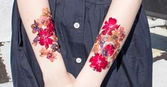 How+To+Make+Temporary+Tattoos+From+Real+DriedFlowers+|+StyleCaster