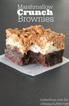 Marshmallow Crunch Brownies that are delicious! Marshmallow Crunch Brownies that are delicious! These treats are Marshmallow Crunch Brownies that are delicious! These treats are easy and everyone loves them! Click above for the recipe Brownie Recipes, Cookie Recipes, Dessert Recipes, Brownie Desserts, Bar Recipes, Chocolate Desserts, Oreo Dessert, Dessert Bars, Pumpkin Dessert