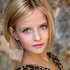 Women S Yoga Clothing Info: 2795588339 Most Beautiful Eyes, Beautiful Young Lady, Beautiful Little Girls, Stunning Eyes, Cute Little Girls, Beautiful Children, Cute Girl Image, Beautiful Girl Image, Teen Girl Poses