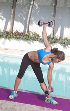 Triangle Press: Chisel your middle and get rockin' obliques with this move