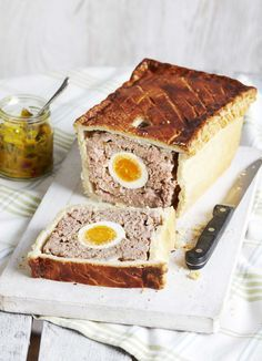 Picnic pie: You'll need to put in some extra effort for this recipe, but the payoff will be great. This meaty picnic pie makes a mean, hearty meal. Charcuterie, Pie Recipes, Cooking Recipes, Pastry Recipes, Tapas, Picnic Foods, Picnic Recipes, Picnic Ideas, British Baking