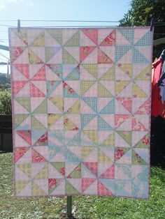 Lovely Pinwheel Quilt!!