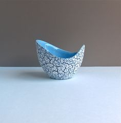 Hornsea Coastline 1950s bowl. Softly curved ceramic bowl with crackle glaze. Pale blue interior. by AnEyeOnStyle on Etsy https://www.etsy.com/listing/224400412/hornsea-coastline-1950s-bowl-softly