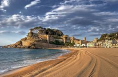 30 days to go :) Castillo de Tossa de Mar, Girona, Spain