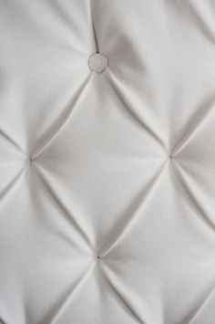 Tufted Headboard DIY Tutorial Kelly Ewell Photogra (9)