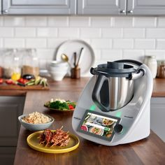 The Thermomix is a Countertop Smart Appliance that Literally Does It All Lidl, A Food, Good Food, Must Have Kitchen Gadgets, What Recipe, Food Styling, Food Processor Recipes, Kefir, Smoothie