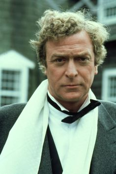 "tcm: ""Michael Caine looking pretty dapper in Sidney Lumet's DEATHTRAP "" Michael Caine Young, The Caine Mutiny, The Quiet American, Hannah And Her Sisters, Secondhand Lions, The Italian Job, Famous Portraits, Turner Classic Movies, Its A Mans World"
