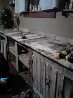 Pallet Solutions-Dining Room Wall Cabinet