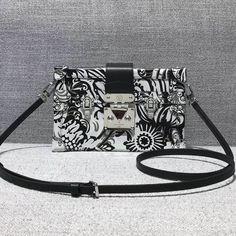 2d18c049e54a Louis Vuitton Flower-covered Clafskin Petite Malle Bag 2017