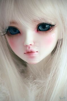 """(a bit chaotic post, lol xD) today I would like to talk about bjd (ball jointed doll) (*´・v・) I'm sure you've heard about """". Beautiful Barbie Dolls, Pretty Dolls, Anime Dolls, Blythe Dolls, Dainty Doll, Princess Flower Girl Dresses, Cute Baby Dolls, Doll Makeup, Gothic Dolls"""