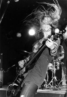L7 Another girl band I loved in hi skoo, and still love today.