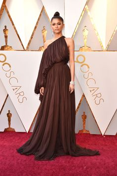See Every Red Carpet Look at the 2018 Oscars. Little MixCelebrity  GownsCelebrity ... c476e5da722e