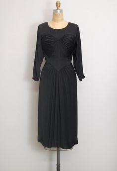 Margaret cut ( vintage 1930s black silk ruched dress)