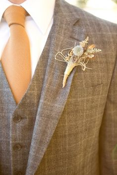 Tweed groom look with dried flower boutonniere. Captured By: Stephanie N. Baker ---> http://www.weddingchicks.com/2014/06/06/funky-finds-turned-into-surprising-centerpieces/ Tweed Wedding Suits, Rustic Wedding Suit, Wedding Groom, Wedding Men, Wedding Attire, Fall Wedding, Floral Wedding, Wedding Dresses, Brown Tweed Suit