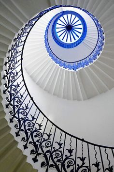 Tulip Eye - the wonderful tulip staircase in the Queen's House, London