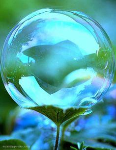 Blue and Green bubble Shades Of Turquoise, Shades Of Blue, Vishuddha Chakra, Aqua, Bubble Balloons, Blowing Bubbles, Dew Drops, Rain Drops, Soap Bubbles