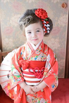 Shichigosan/ boy 5 years old/ girl 3 and 7 years old( November Japan/ Themed Photography, Cute Kids Photography, Kimono Japan, Japanese Kimono, Japan Fashion, Kids Fashion, Geisha Japan, Japanese Kids, Culture Clothing