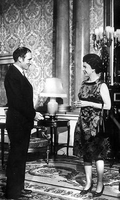 The Queen meets Candian Prime Minister Pierre Trudeau, in London in 1969 Hm The Queen, Royal Queen, Her Majesty The Queen, Princess Margaret, Princess Diana, Inspirational Leaders, British Royal Families, Canadian History, O Canada