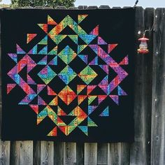It's done, and I love it!!!! I started this a few weeks ago at the #saturdaynightcraftalong and I am thrilled with out it came out. It does not have a name yet, but I am thinking something with the word California....any suggestions?⠀ ⠀ #Quilts #Quilting #Quiltsofinstrgarm #halfsquaretriangles #quiltingismytherapy #quiltlove#quiltingtreasures #quiltingkeepsmesane #quiltinspiration #quiltinglife #quiltingfun #sewing #quiltingfabric #quiltingproject
