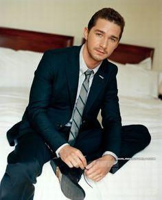 Beautiful Men | http://acidcow.com/pics/20100226/most_beautiful_men_82.jpg