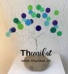 handbuilt wire tree with real stone base and leaves out of polystyrol. Home Interior Accessories, Wire, Leaves, Home Decor, Dekoration, Garlands, Home Decor Accessories, Handmade, Stones