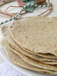 RETETE FEL DE FEL: LIPII INTEGRALE Shawarma, Fajitas, Nachos, Feta, Deserts, Appetizers, Food And Drink, Favorite Recipes, Tortillas