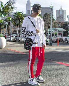 For sale Womens Adidas Yeezy Boost 350 Zebra sneakers Outfits Hombre, Swag Outfits, Fashion Outfits, Moda Kpop, Men Looks, Urban Fashion, Mens Fashion, Runway Fashion, Swagg