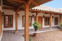 Spanish style homes – Mediterranean Home Decor Hacienda Style Homes, Spanish Style Homes, Spanish House, Fachada Colonial, Casa Patio, Pergola Patio, Pergola Ideas, Mexico House, Patio Interior