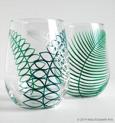 Two Summer Fern Stemless Wine Glasses Set of por MaryElizabethArts
