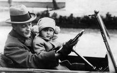 1920s American Writers in Paris | Scott Fitzgerald was an associate of Hemingway in 1920s Paris ...