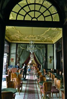Inside Cafe Gerbeaud, (Czukraszda), Vörösmarty Square, Budapest.